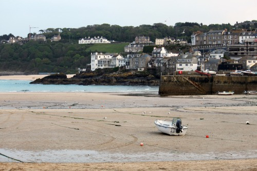 St_ives_tide_at_night